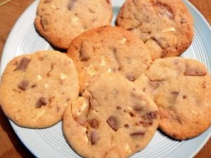 gallery/chocolate & fudge cookies